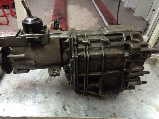 Restoration Maserati Khamsin 5-gear