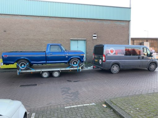 Import Ford F100-460 1973